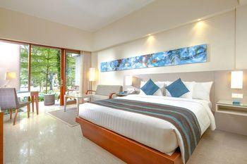 Courtyard by Marriott Bali Nusa Dua - Deluxe Room, Balcony (Poolside View) Regular Plan