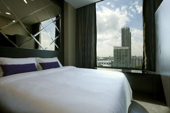 V Hotel Lavender - Triple NC (1 queen and 1 single bed) Hemat 5%