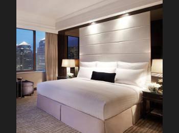 Singapore Marriott Tang Plaza Hotel Singapore - Premier Deluxe Room Regular Plan
