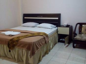 New Merdeka Hotel Jember - Deluxe  Regular Plan