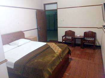 New Merdeka Hotel Jember - Superior Regular Plan