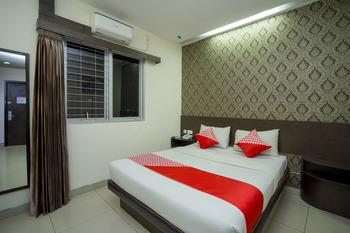Capital O 1083 Hotel Grand Kartika Samarinda - Standard Double Room Regular Plan