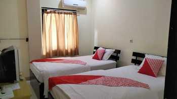 OYO 2319 Tengkawang Residence Samarinda - Saver Twin Regular Plan