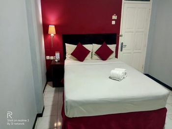 Hotel Bamboo Bogor - Deluxe Room Only Regular Plan