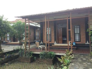 Lotus ll Guesthouse