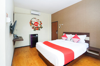 OYO 275 Hotel Kita Surabaya - Standard Double Room Regular Plan
