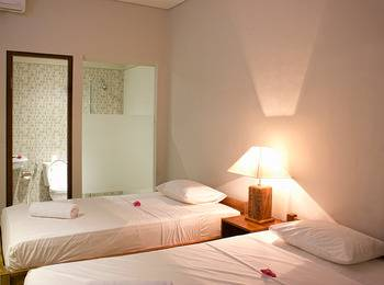 Sura Inn Ubud Bali - Deluxe Twin - Room Only Last Minute Promo