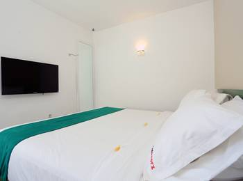 RedDoorz near Pantai Jerman Bali - Reddoorz Room Regular Plan