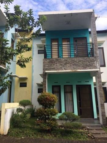 Villa Anggrek 4 Malang - Villa 3 Bedroom Always On