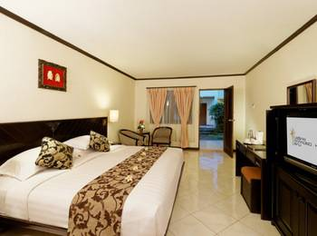 Legian Paradiso Hotel Bali - Super Deluxe Pool View Best Deal Guarantee