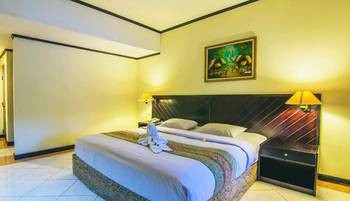 Legian Paradiso Hotel Bali - Deluxe Pool View Hot Deals 50%