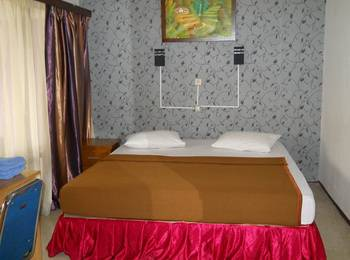 Sapphire Hotel Puncak - Standard Room With Breakfast Regular Plan