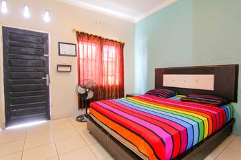 Trans Bandara Residence - Hotel Transit Kualanamu Deli Serdang - Standard Fan - Room Only (Non-refundable) Special Deal