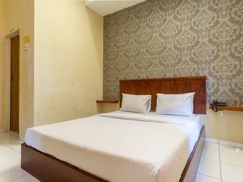 Residence Puri Hotel Medan - Deluxe Double Room Regular Plan