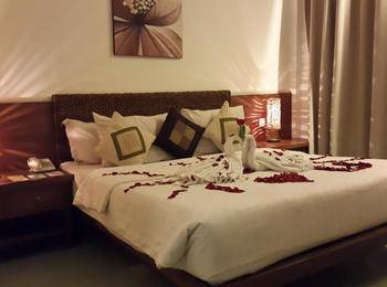 Villa Damar Bandung - Deluxe Room Only Regular Plan
