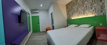Oasis Style Hotel Pangandaran Pangandaran - Deluxe Room Only Regular Plan