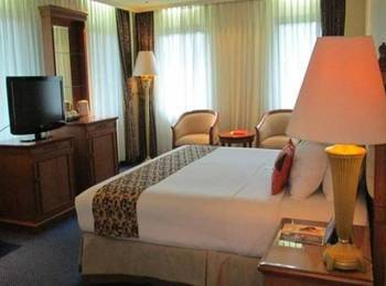 Grand Elty Singgasana Tenggarong Kutai Kartanegara - Deluxe Room Regular Plan