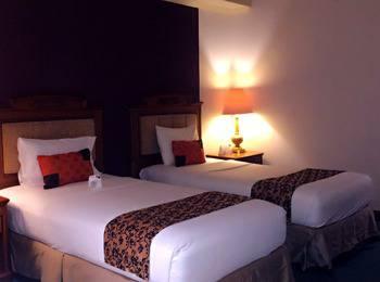 Grand Elty Singgasana Tenggarong Kutai Kartanegara - Superior Room Twin - Special Deals Regular Plan