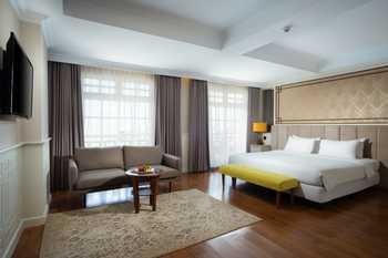 eL Hotel Royale Yogyakarta Malioboro Jogja - Suite Room Regular Plan