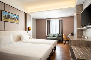 eL Hotel Royale Yogyakarta Malioboro Jogja - Deluxe Premiere Twin Room Only Regular Plan