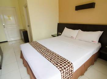 RedDoorz near Gubeng Station Surabaya - RedDoorz Room Regular Plan