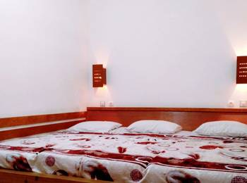 Pondok Buah Sinuan Bandung - Economy Small Family for 3 Persons Minimum Stay