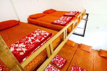 Pondok Buah Sinuan Bandung - Group Terrace For 10 Person Minimum Stay