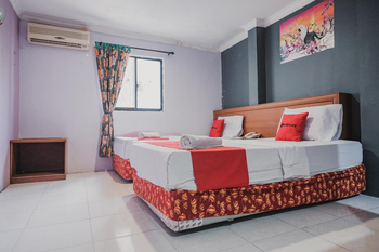 RedDoorz near Nagoya Hill Mall Batam 5 Batam - RedDoorz Twin Room Basic Deal