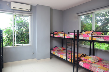 Footprints Backpacker Lombok - Bunk Bed Dorm Room for 10 Person Regular Plan