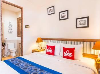ZenRooms Badung Nyangnyang Sari - Double Room Only Special Promo