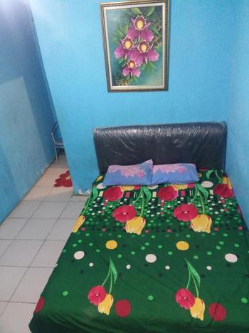 Guest House Papi Inn Palangka Raya - Family Share Bathroom Regular Plan