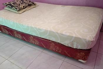 Guest House Papi Inn Palangka Raya - Fan Shared Bathroom Regular Plan
