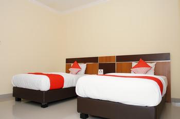 OYO 191 Edotel Palembang - Deluxe Twin Room Regular Plan