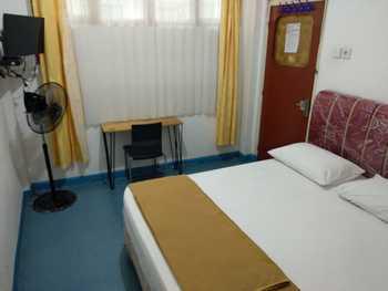 Hello Guest House Bukittinggi - Family Room Regular Plan