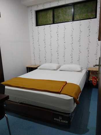 Hello Guest House Syariah Bukittinggi - Standar Room B Regular Plan