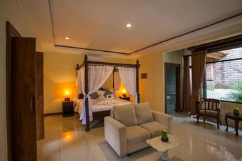 Ubud Hotel & Cottages Malang - JUNIOR SUITE COTTAGES Minimum Stay