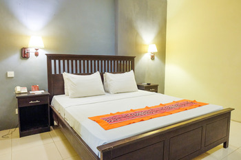 Ubud Hotel & Cottages Malang - KAMAR STANDART CLASSIC TANPA BREAKFAST Regular Plan