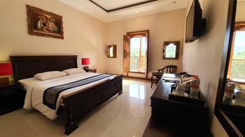 Ubud Hotel & Cottages Malang - DELUXE ROOM ONLY Special Deals