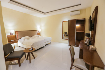 Ubud Hotel & Cottages Malang - DELUXE COTTAGE Special Deals