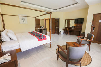 Ubud Hotel & Cottages Malang - JUNIOR SUITE COTTAGES Special Deals