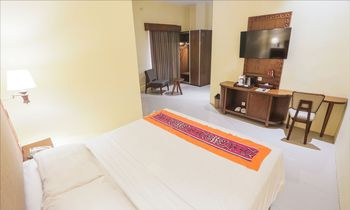 Ubud Hotel & Cottages Malang - SUPERIOR ROOM ONLY Special Deals
