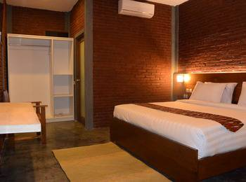 Hotel Wahid Borobudur Magelang - Deluxe Double Room Regular Plan