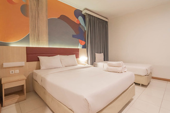 RedDoorz @ Hotel Arimbi Baru Dewi Sartika Bandung - RedDoorz Suite AntiBoros
