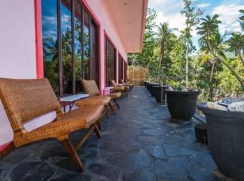 La Merry Resort Manado - Deluxe Room Regular Plan