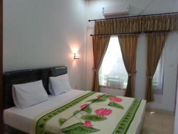 Krisna Homestay Lombok - Superior AC Regular Plan