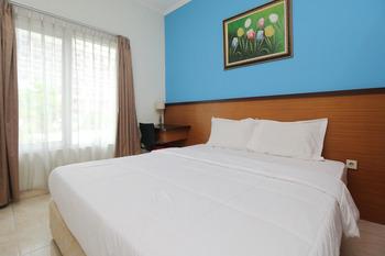 Sky Residence Adi Sucipto 1 Solo Solo - Superior Double Room Only Regular Plan