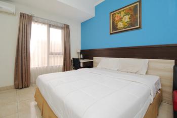 Sky Residence Adi Sucipto 1 Solo Solo - Deluxe Double Room Only Regular Plan