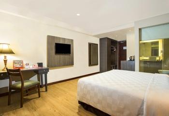 Swiss-Belhotel Pangkalpinang Pangkalpinang - Deluxe Queen Room Only Regular Plan