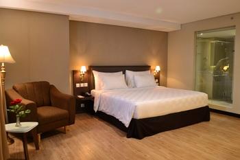 Swiss-Belhotel Pangkalpinang Pangkalpinang - Suite Room Staycation