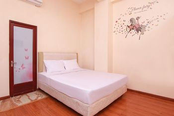 Saniyah Homestay Surabaya - Standard Room Only Regular Plan